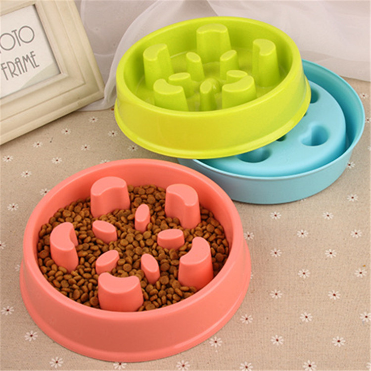 3 Colors Flower Shape Plastic Pet Dog Feeder Funny Slow Down Eating Bowl Healthy Food Dish Anti Choke Bowl for Pets PB49