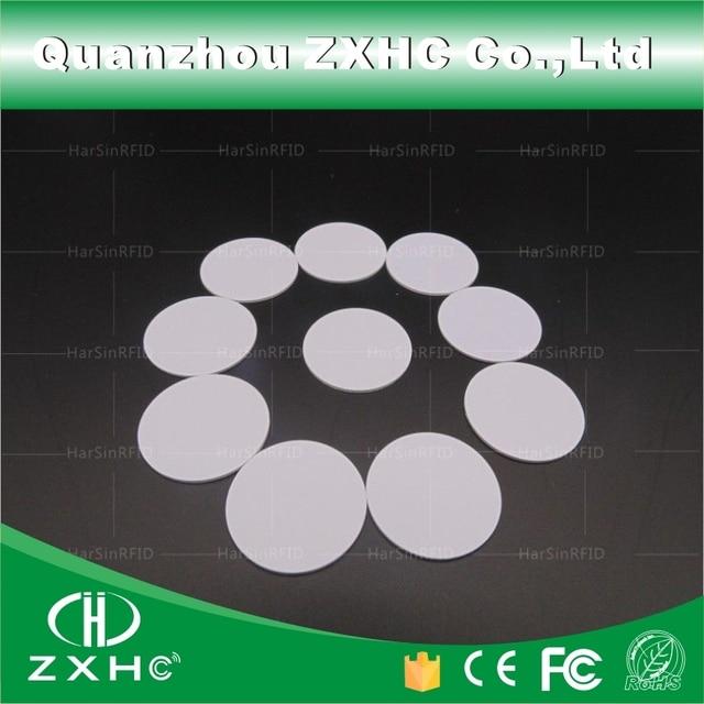(10 adet) yuvarlak Şekil 25mm NFC Etiketi Ntag216 888 Bytes Plastik PVC Para kartı Kullanılan Android Için, IOS Ve Tüm NFC Telefon