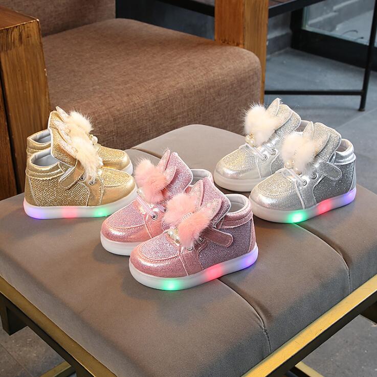 New Spring Autumn Childrens Luminous Sneakers Kids Rhinestone Led Glowing Shoes Girls Boys Sneakers With LED LightNew Spring Autumn Childrens Luminous Sneakers Kids Rhinestone Led Glowing Shoes Girls Boys Sneakers With LED Light