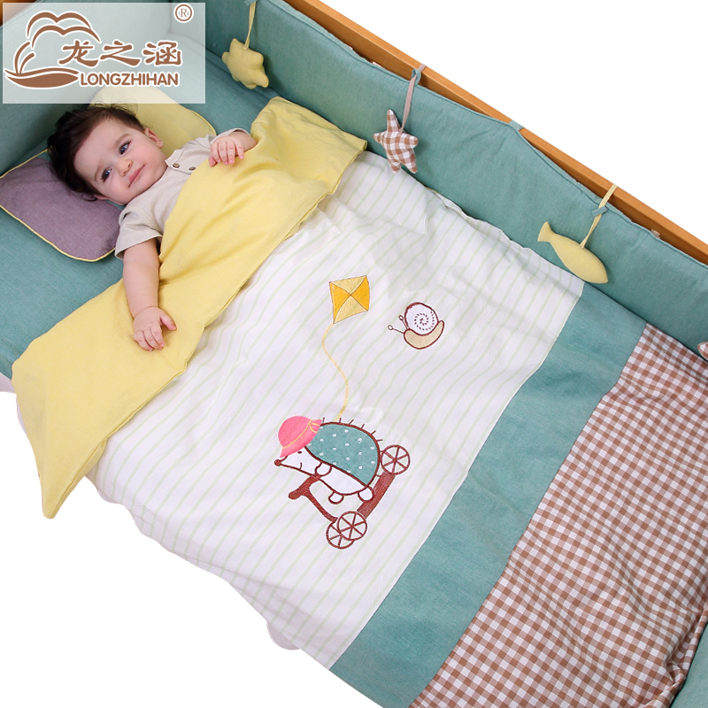 Crib Bedding Set 8Pcs 100 Cotton Cartoon Detachable Newborn Baby Bed Bumper Boy and Girl Quilt