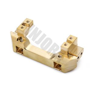Image 3 - INJORA Brass Front Servo Stand for 1/10 RC Crawler Car Traxxas TRX4 TRX 4 TRX 6 Upgrade Parts