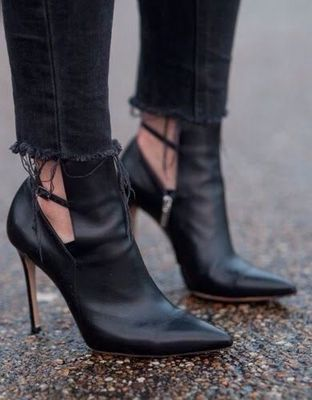 New Arrivals Women Solid Black Patent Leather Pointed Toe Ankle Boots Office Style Ankle Buckle Strap High Thin Heel Dress Shoes цена