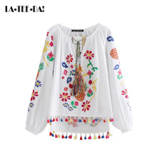 La-Tee-Da! 08 2017 New Embroidery Blouses Women Embroidery Shirts Lady Casual Tassel Blouses Female Pineapples Flowers Vestidos