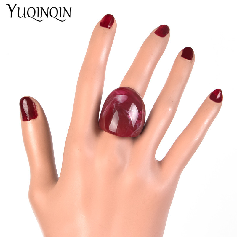 Classic Geometric Personality Design Resin Big Beautiful Rings for Women Fashion Jewelry Punk Party Rings for Girls Wholesale