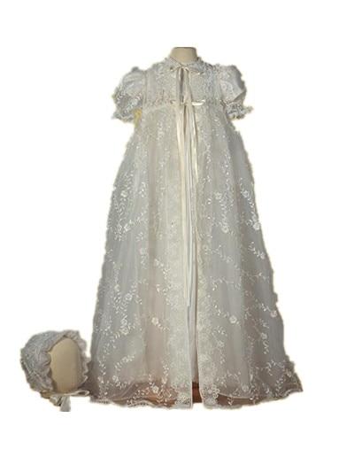 цена  Vintage Heirlooms 2016 Infant Baptism Dress Baby Girl Robe Christening Dress White Ivory Lace Applique 0-24 month With Bonnet  онлайн в 2017 году
