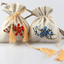 цены 11x15cm Cotton Linen Handmade Drawstring Gifts Bags Muslin Jewelry Pouches Flower Decor Chinese Tradition Packing Bag Pouch