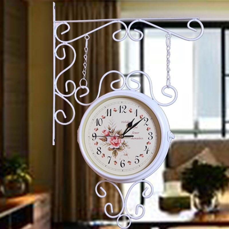 Reloj de hierro de estilo Rural de doble cara rotado reloj de metal antiguo regalo único decoración del hogar-in Relojes de pared from Hogar y Mascotas    2