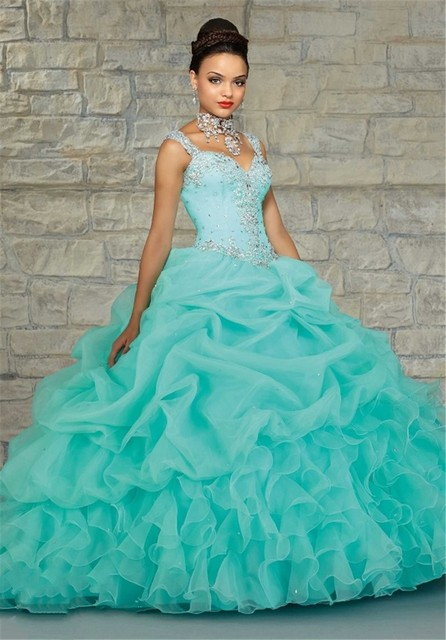 9e6d8bc67 2016 New Quinceanera Dresses Spaghetti Straps Beaded Quinceanera 15 Years  Sweet 16 Dresses Vestidos De 15 Anos 2016
