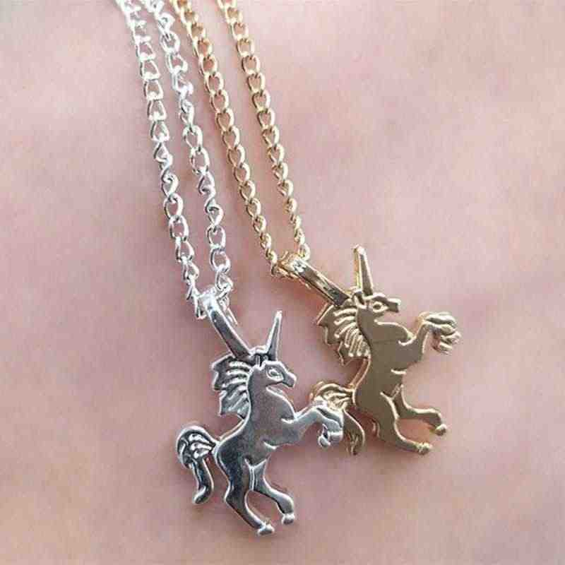 Summer Fashion Small Cute Necklaces Jewelry for Women Gold Silver Pendant Unicorn Simple Clavicle Chain Popular Girlfriend Gift