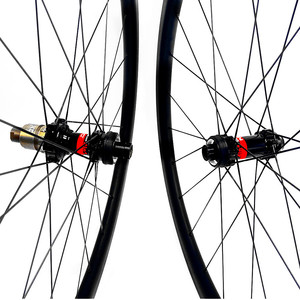 Image 3 - 700c strada ruote a disco 50x27 millimetri tubeless Freno A Disco della bici della strada ruote NOVATEC 100x12mm 142x 12mm Center lock strada ruota a disco in carbonio