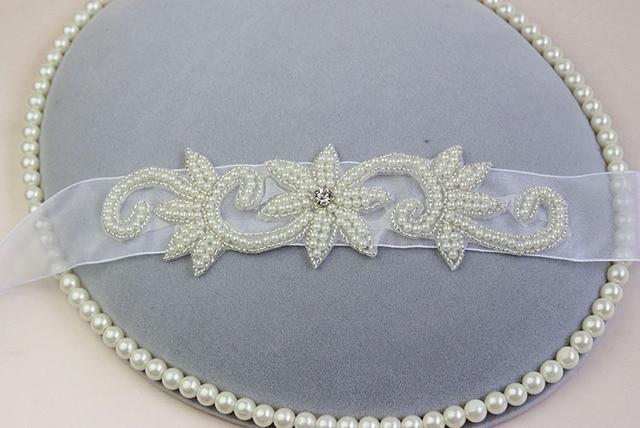 2017 New Fashion Luxury Wedding lace Bridal Sash Handmade Crystal Bridal Sashes For Bridal XW09