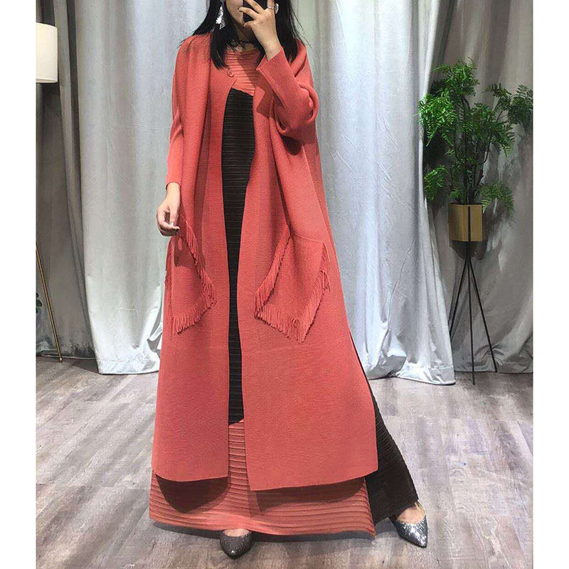 Changpleat New autumn 2018 Women Trench cardigan Miyak Pleated Fashion Design Big Pockets Loose Solid Large Size Long coat Tide
