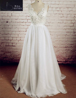 2018 New Informal Tulle Boho Wedding Dress V Neck A Line Lace Beaded Beach Wedding Gown