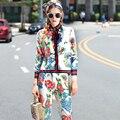 Doce E Redução da Idade! lindas Flores Impressão Art Bow Colar Com Broche Camisa + Bezerro-Calças de comprimento Terno High-end Designer