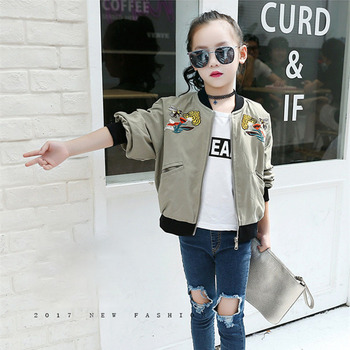Jacket For Girls Fashion Army Green Embroidery Flower And Bee Coat Children 2017 Beautiful Bomber Jacket Kids Pretty Girls Coat 4