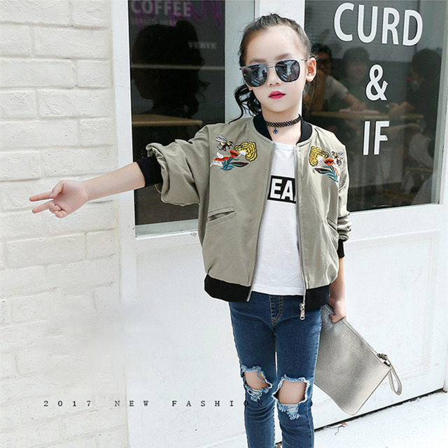 Jacket For Girls Fashion Army Green Embroidery Flower And Bee Coat Children 2017 Beautiful Bomber Jacket Kids Pretty Girls Coat