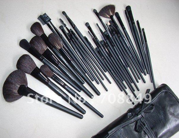 32 Pcs Makeup Brush Cosmetic set Kit