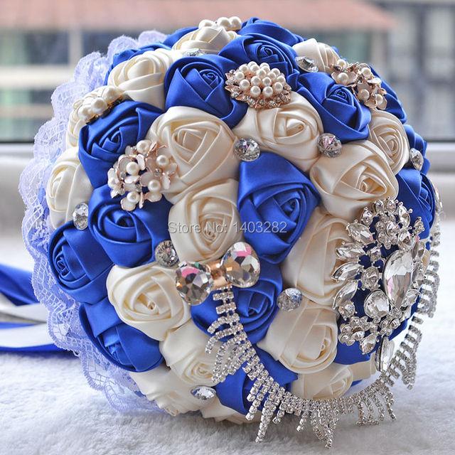 2016 Azul Real de Encaje de Seda Artificial Ramo de Novia Rosa Ramos de Novia de Cristal Con Perlas Novias Ramo Ramos De Mariage