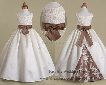 Lovely Cute White Lace Flower Girl Dresses for Weddings 2015 Girls Pageant Dress First Communion Dress Ball Gown Sash C759