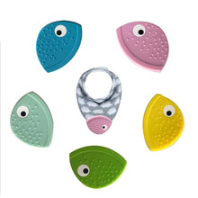 New Arrive Baby Teether Bib Creative Fish Mouth Teether Baby
