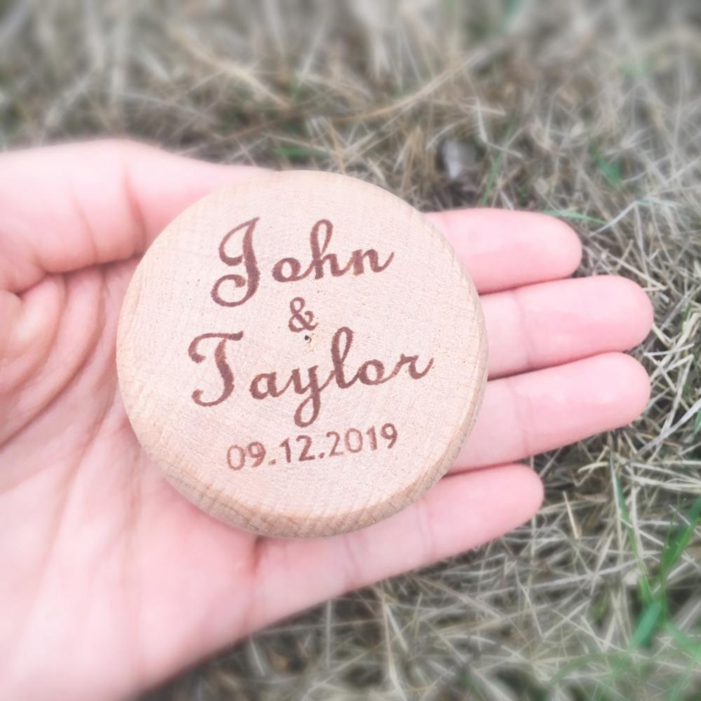 Personalized names date Ring Box Custom Rustic wood Wedding Ring Bearer engraved wooden box for wedding rings in Party DIY Decorations from Home Garden