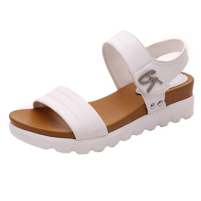 30933b3c97485 US $12.0 29% OFF Sommer Sandalen Frauen Im Alter Von Flache Mode Sandalen  Komfortable Damen Schuhe frauen sommer schuhe zapatos mujer Schuhe Frauen  A8 ...