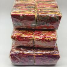 Дешевые китайские шелковые красная сумка маленький мешок на молнии Атлас тканевый мешок для подарков Рождественский мешок конфет Портмоне Вечерние сувениры 100 шт