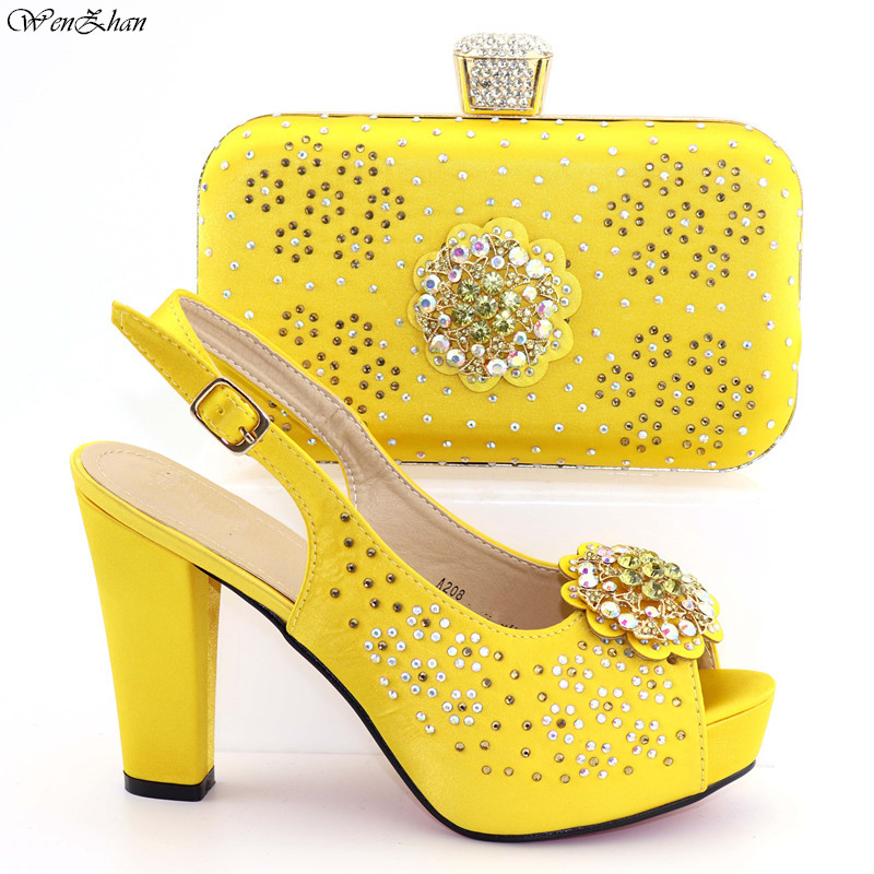 Pretty Yellow Design Shoes Women Luxury 2019Nigerian Women Wedding Shoes and Bag Set Decorated with Rhinestone Party Pumps C92-2Pretty Yellow Design Shoes Women Luxury 2019Nigerian Women Wedding Shoes and Bag Set Decorated with Rhinestone Party Pumps C92-2