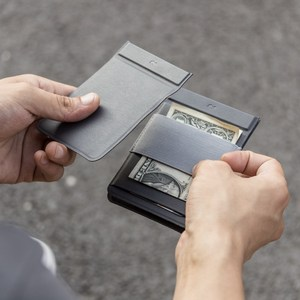 Image 5 - MAG Modular Wallet Magnetic User Defined Card Wallet Card Holder Purse Men Travel Wallets