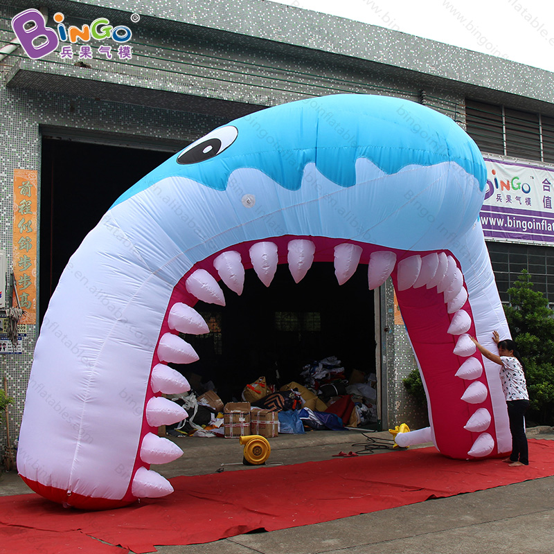 Free shipping 6.5X4 M inflatable shark arch for marine theme park decorative shark archway with air blower for aquarium toy arch free shipping 4 legs 8x4m inflatable arch advertising inflatable archway inflatable start finish race arch with removable logo