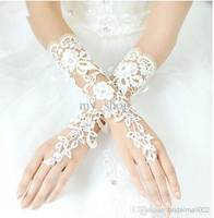 Free Shipping New Luxury Lvory Lace Princess Bridal Gloves Fashion Female Long Design Wedding Dresses Gloves Hot Selling