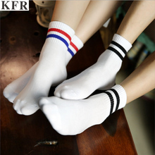 2019 women men Socks with print Two Striped Cotton Crew happy Hiphop Skate Short white black harajuku female art summer funny