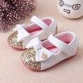2016 Baby Girl Princesa Sparkly Calçado Crianças Moda bowknot Sapatos de Bebê Bonito Da Princesa de Ouro Prata Sapatos de Sola Macia
