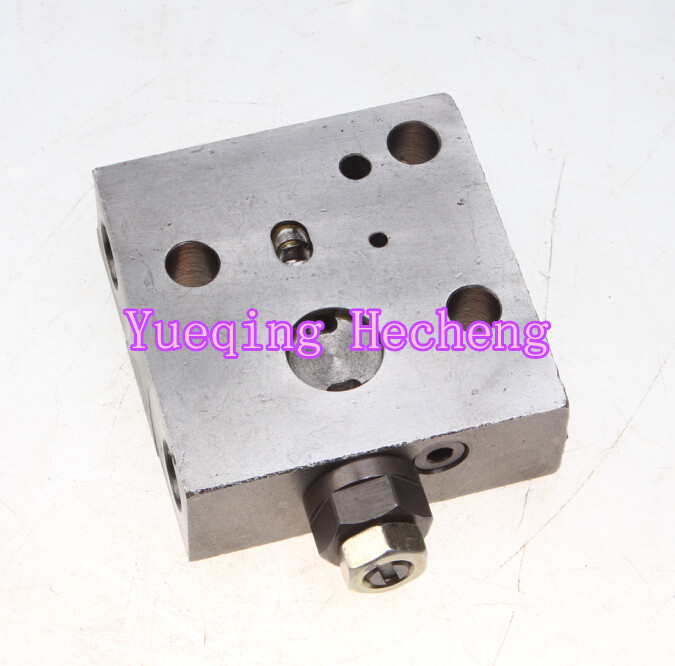 New Reducing Valve ass'y 723-40-71102 for Excavator PC200-7 PC210-7 main control relief valve ass y 723 40 51401 for pc120 6 pc200 6 pc220lc