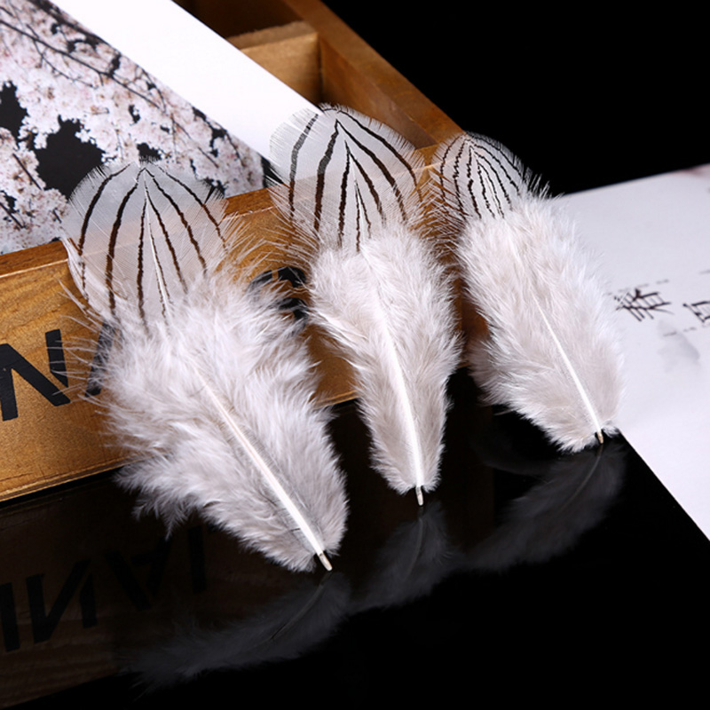xuezhiyu 50pcs 5-8cm Beautiful Silver Pheasant Feathers for Wedding Centerpieces Carnival Party Craft Decoration DIY Gifts