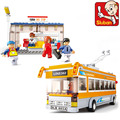 Diy brinquedos educativos para crianças brinquedo do bebê blocos autocarro eléctrico de travamento automático tijolos compatíveis com Lego
