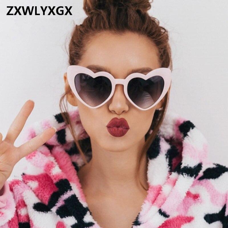 ZXWLYXGX 2018 Nova Moda Óculos De Sol Das Mulheres Do Amor Do Coração  bonito sexy retro Olho de Gato Do Vintage Óculos de Sol baratos vermelho  feminino em ... a224fca8b9