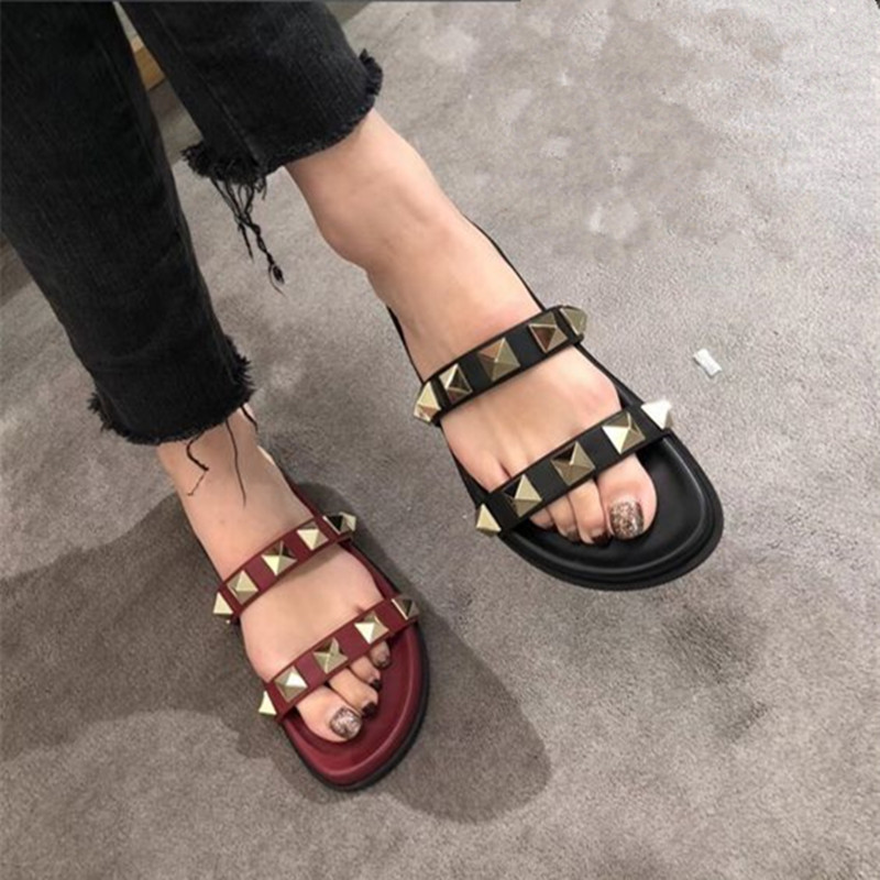 2018 NEW Punk Style Rivets Stud Flats Women Slippers Platform Sandals Casual Shoes Woman Outside Slippers Women Sandals Mujer anmairon shallow leisure striped sandals women flats shoes new big size34 43 pu free shipping fashion hot sale platform sandals