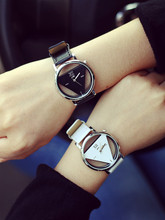 Новая мода Повседневное Для мужчин часы просто полый уникальная личность Дизайн кожа Starp пара Повседневные Часы Relogio feminino h