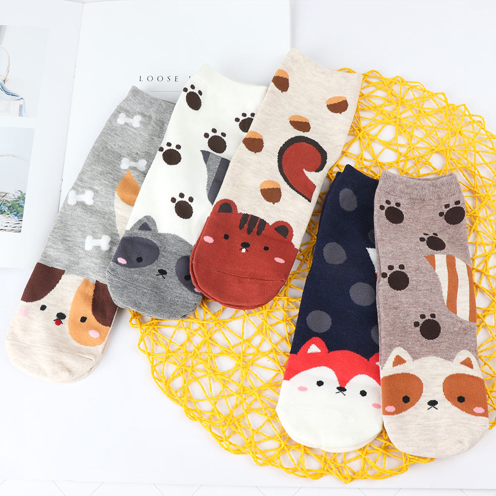 Animal Design Women Cotton Stockings Lovely Cartoon Cat Dog Pattern Stockings Fashion Warm Accessories Multi Color Stockings
