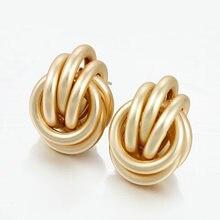 Женские серьги гвоздики золотого и серебряного цвета