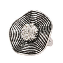 Fashion Antique Silver Plated Vintage Zircon Flower Ring for Women Fashion Party Jewelry Finger Anillos LYR263