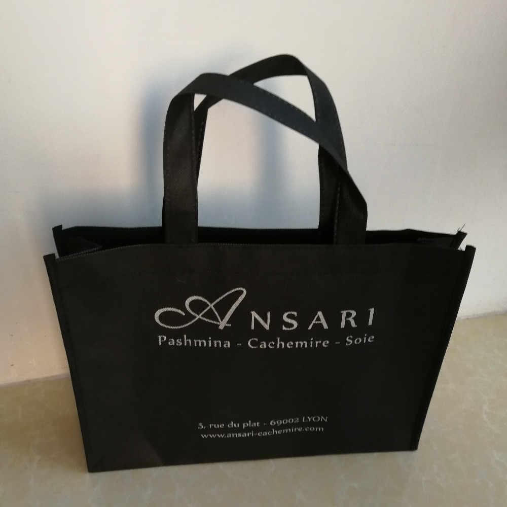 1000pcs lot custom black non woven reusable fabric gift shopping bags handbag custom silver gold logo