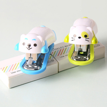 Mini Cartoon Dog Desktop Stapler Home Office Stationery with Staples Child Gift