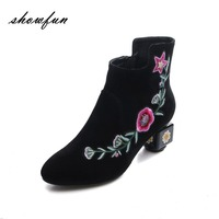 Women S Genuine Suede Leather Retro Style Embroidery Flowers Autumn Ankle Boots Brand Designer Med Heel