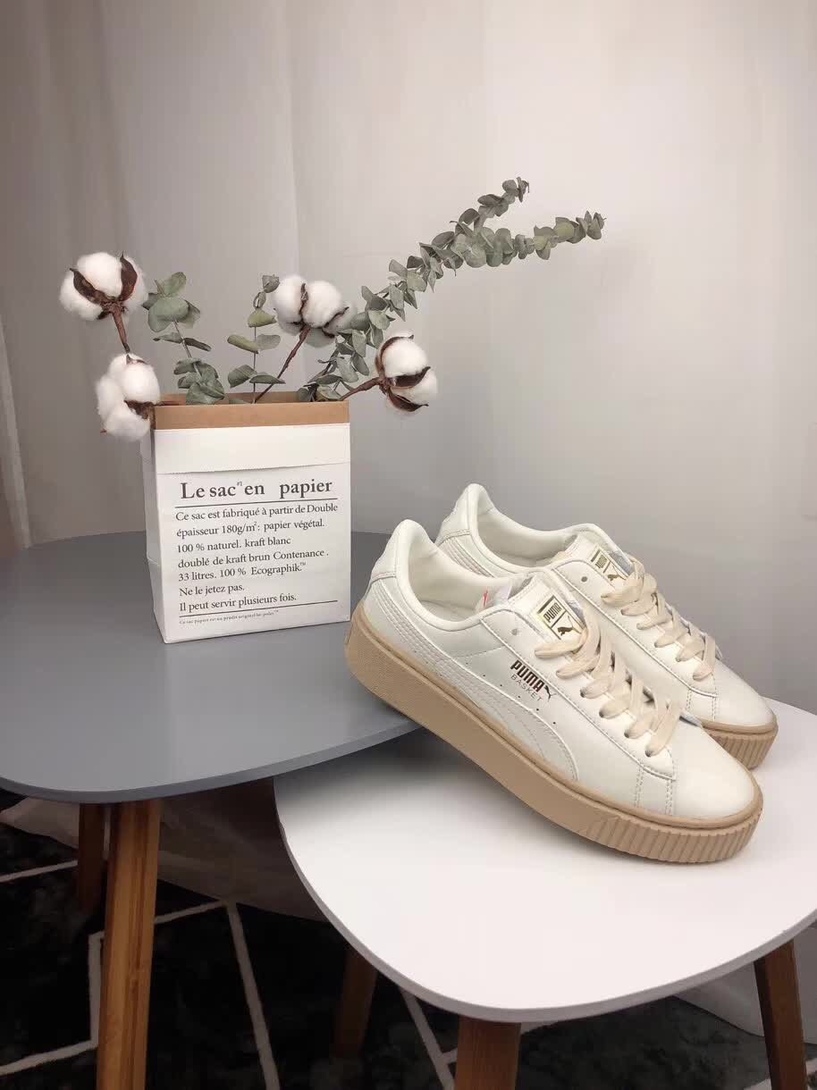 PUMA Suede Cleated Creeper Women's First Generation Rihanna Classic Basket Suede Tone Simple brown Badminton Shoes 36-40
