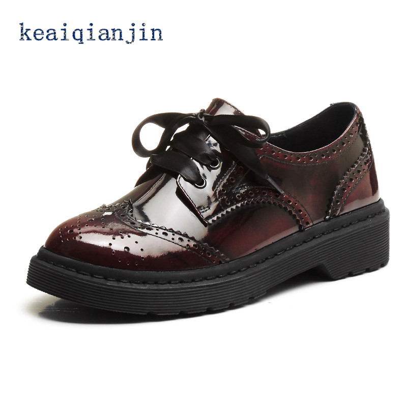 ФОТО LOVEXSS Genuine Leather Brogue Shoes 2017 Spring Autumn Fashion Lace-Up Women Shoes Wine Red  Black Woman Casual Brogue Shoes