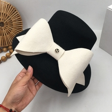 British socialite Hepburn wind small big brim  fashion show face basin hat bowknot Japanese female qiu dong small fisherman