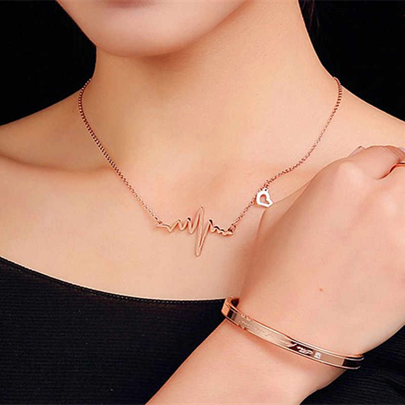 Alloy Women's Pendant Necklaces 2018 Gold Color Crystal Necklace for Women Gift