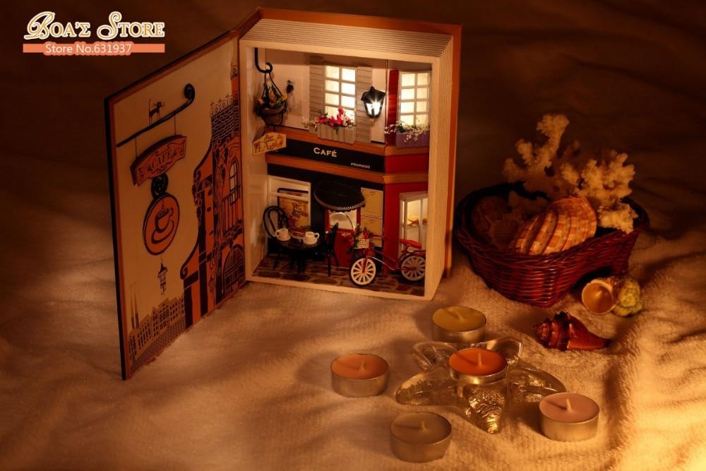 New Arrive Doll House odel Building Kits Wooden Miniature 3D Handwode Diy Dollhouse Miniature Creative Christmas